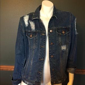 New with tags distressed Jean jacket size small